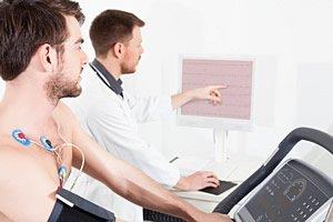 Belastungs EKG beim Kardiologen